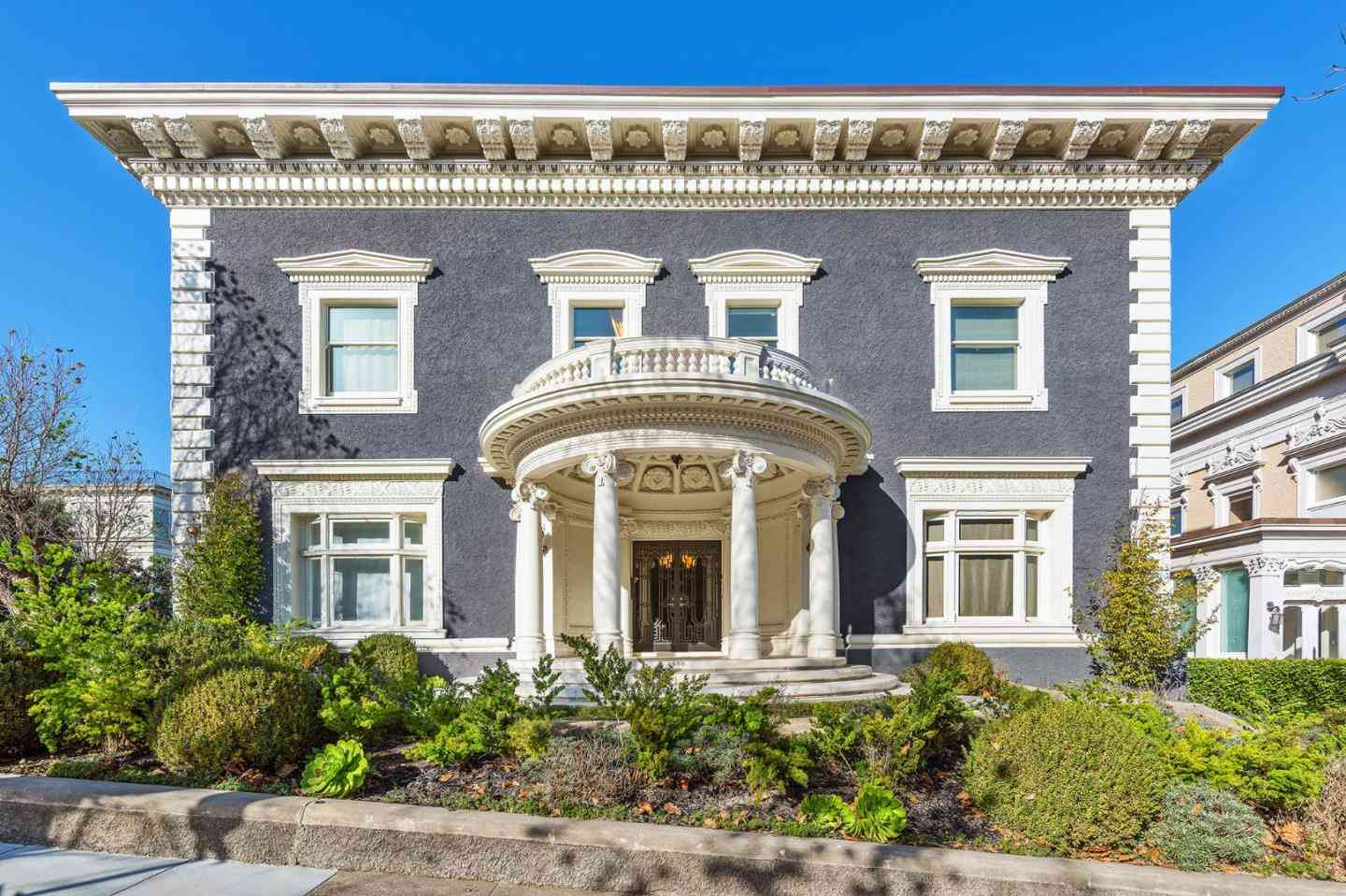 2698 Pacific Avenue, San Francisco, CA, 94115,