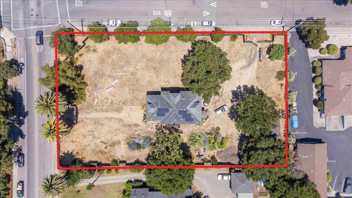 711 Calderon Avenue, Mountain View, CA, 94041,