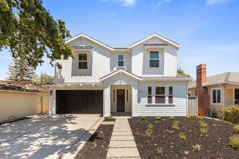 1573 Chestnut Street, San Carlos, CA, 94070,