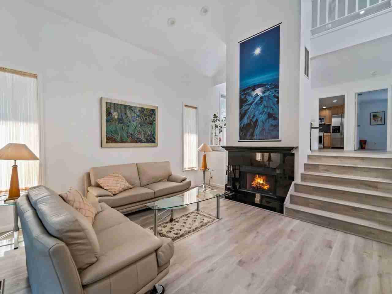 Sunny Living Room, 550 Los Olivos Drive Santa Clara, CA, 95050