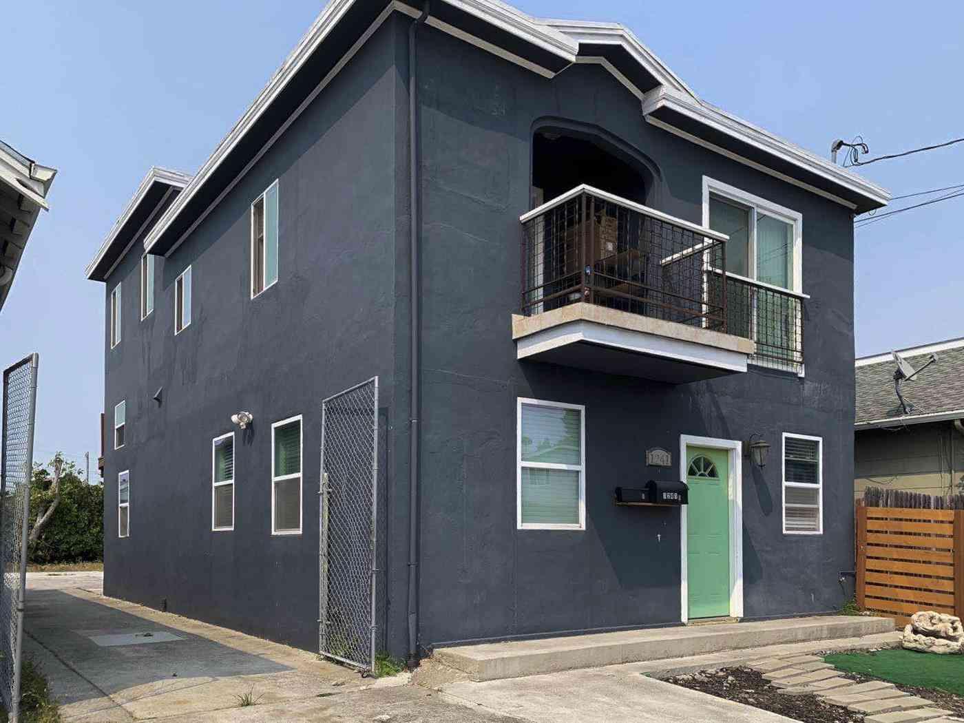 1241 Ashby Avenue, Berkeley, CA, 94702,