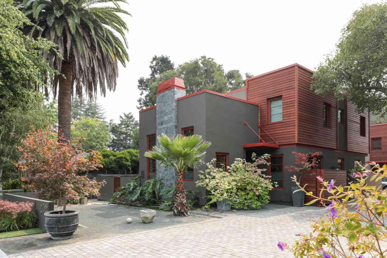 642 Middlefield Road, Palo Alto, CA, 94301,