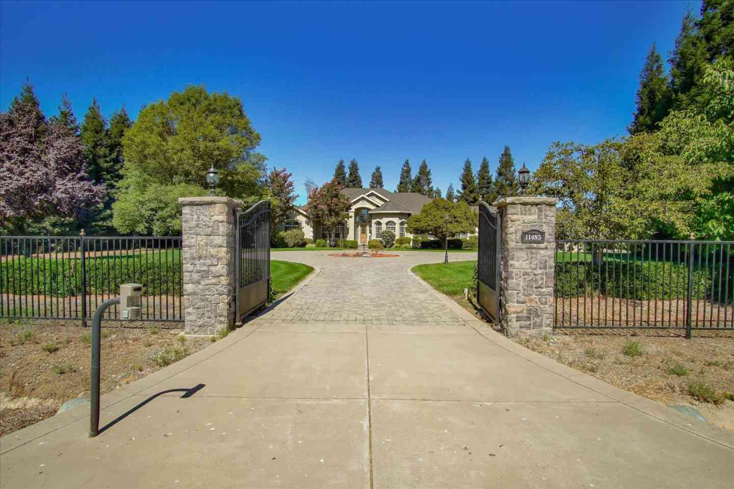 11485 Carls Court, San Martin, CA, 95046,
