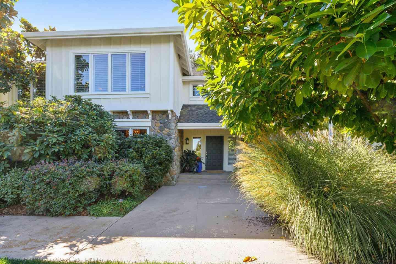 4 Knoll Vista, Atherton, CA, 94027,