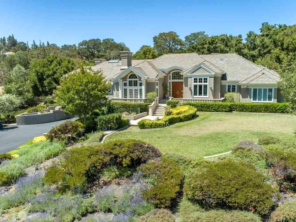 13910 Mirmirou Drive, Los Altos Hills, CA, 94022,