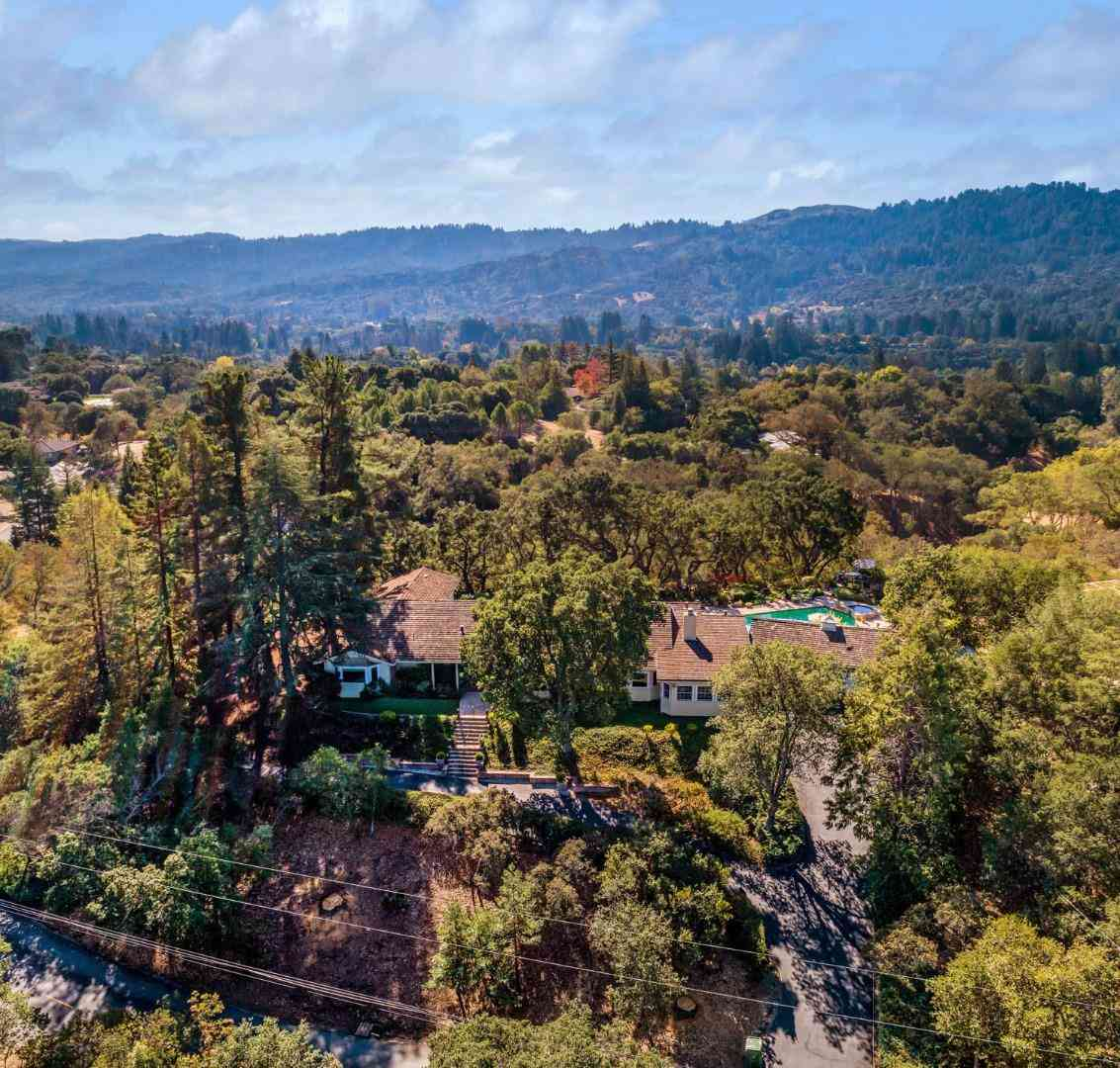 127 Ramoso Road, Portola Valley, CA, 94028,