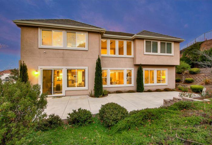 3185 Ashbourne Circle