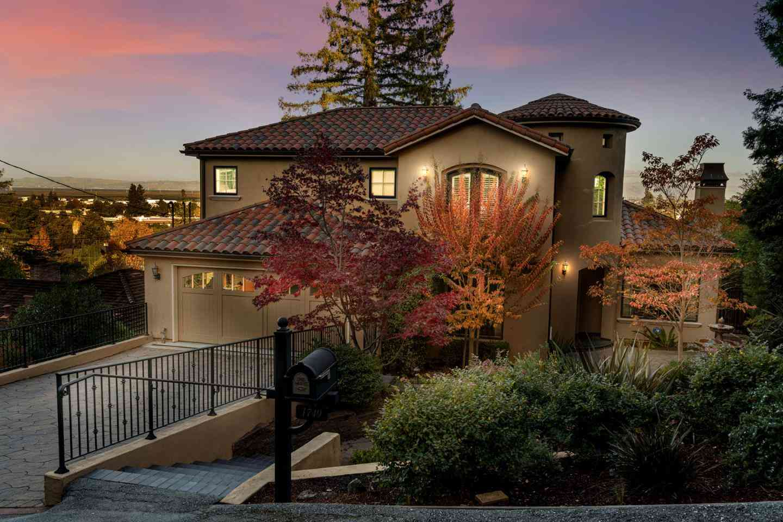 1749 Elizabeth Street, San Carlos, CA, 94070,
