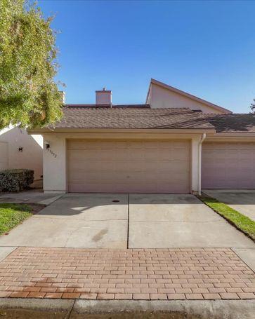 11052 Firethorne Drive Cupertino, CA, 95014