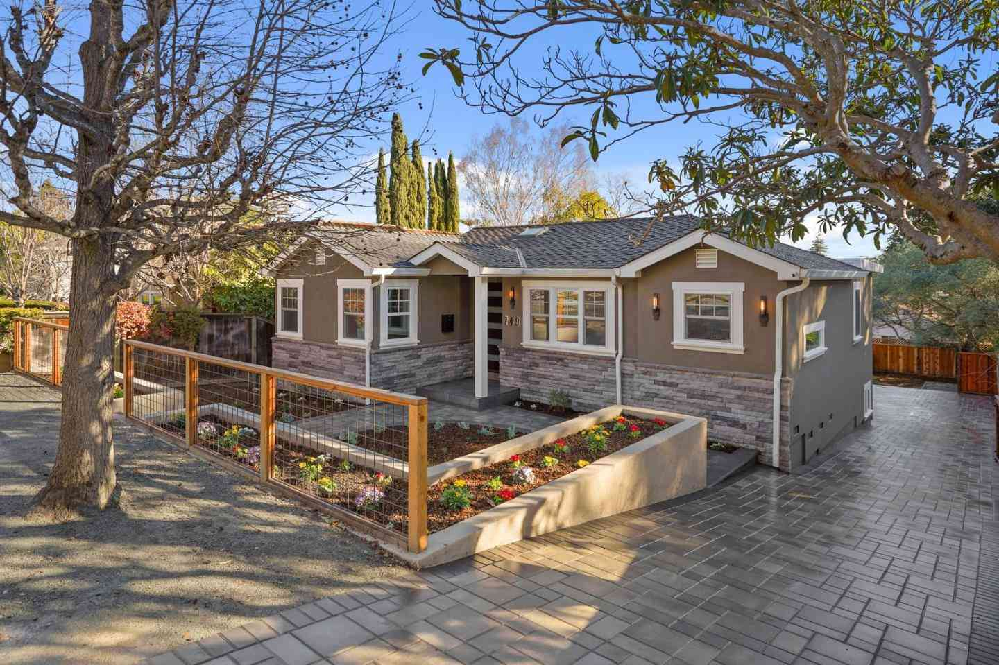 749 Orange Ave, San Carlos, CA, 94070,