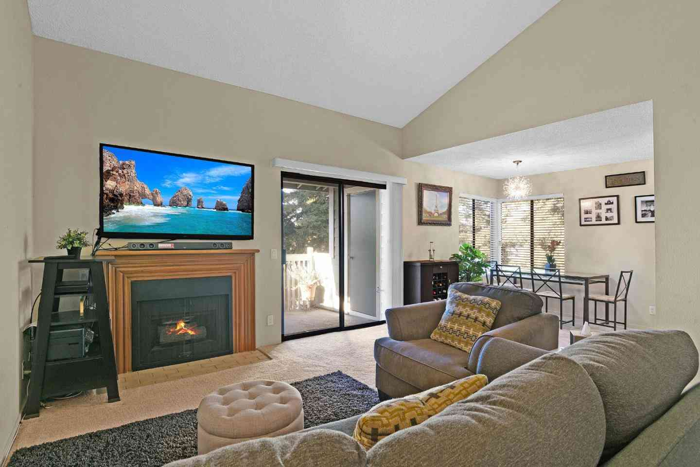 36992 Meadowbrook Common #301, Fremont, CA, 94536,