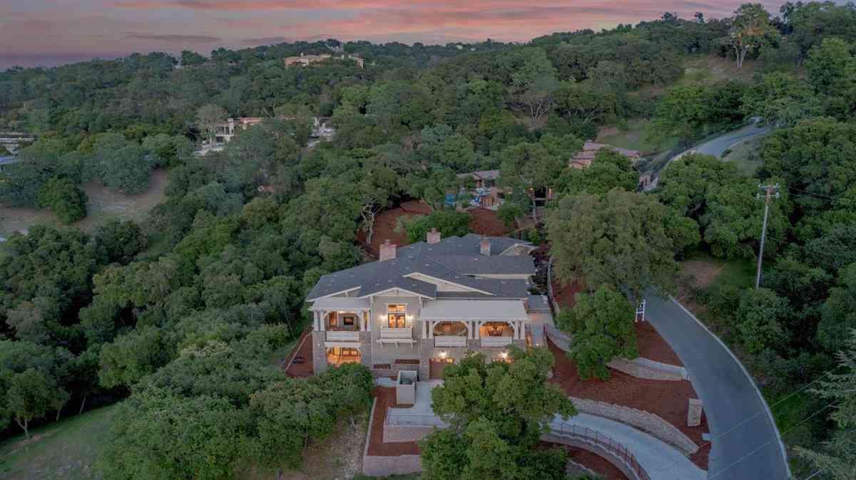 15675 Gum Tree Lane, Los Gatos, CA, 95032,
