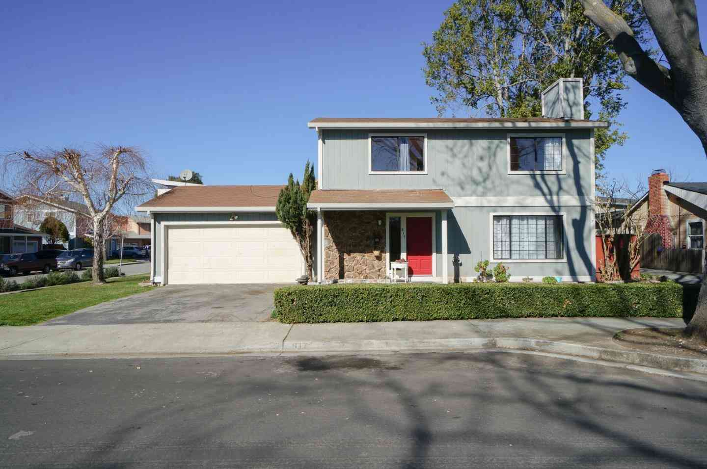 817 Paul Robeson Court, East Palo Alto, CA, 94303,