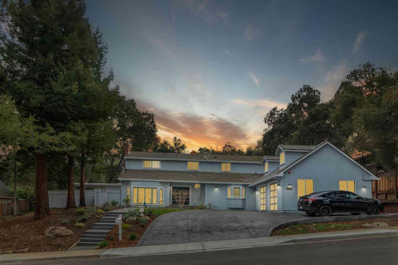 896 La Mesa Drive, Portola Valley, CA, 94028,