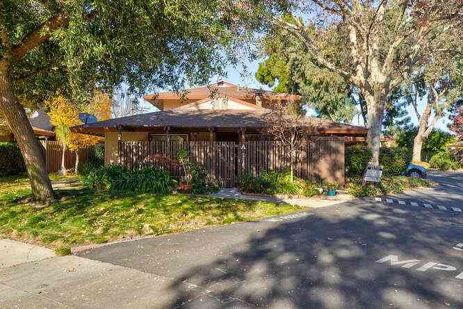 210 West Red Oak Drive #A, Sunnyvale, CA, 94086,