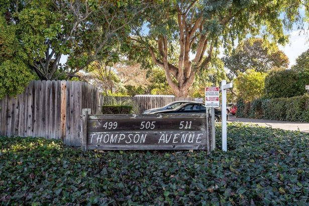 481-511 Thompson AVE