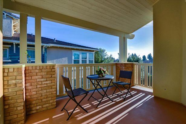 38 Silk Oak Terrace