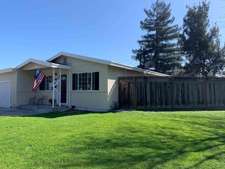 1098 Bradford Drive, Sunnyvale, CA, 94089,