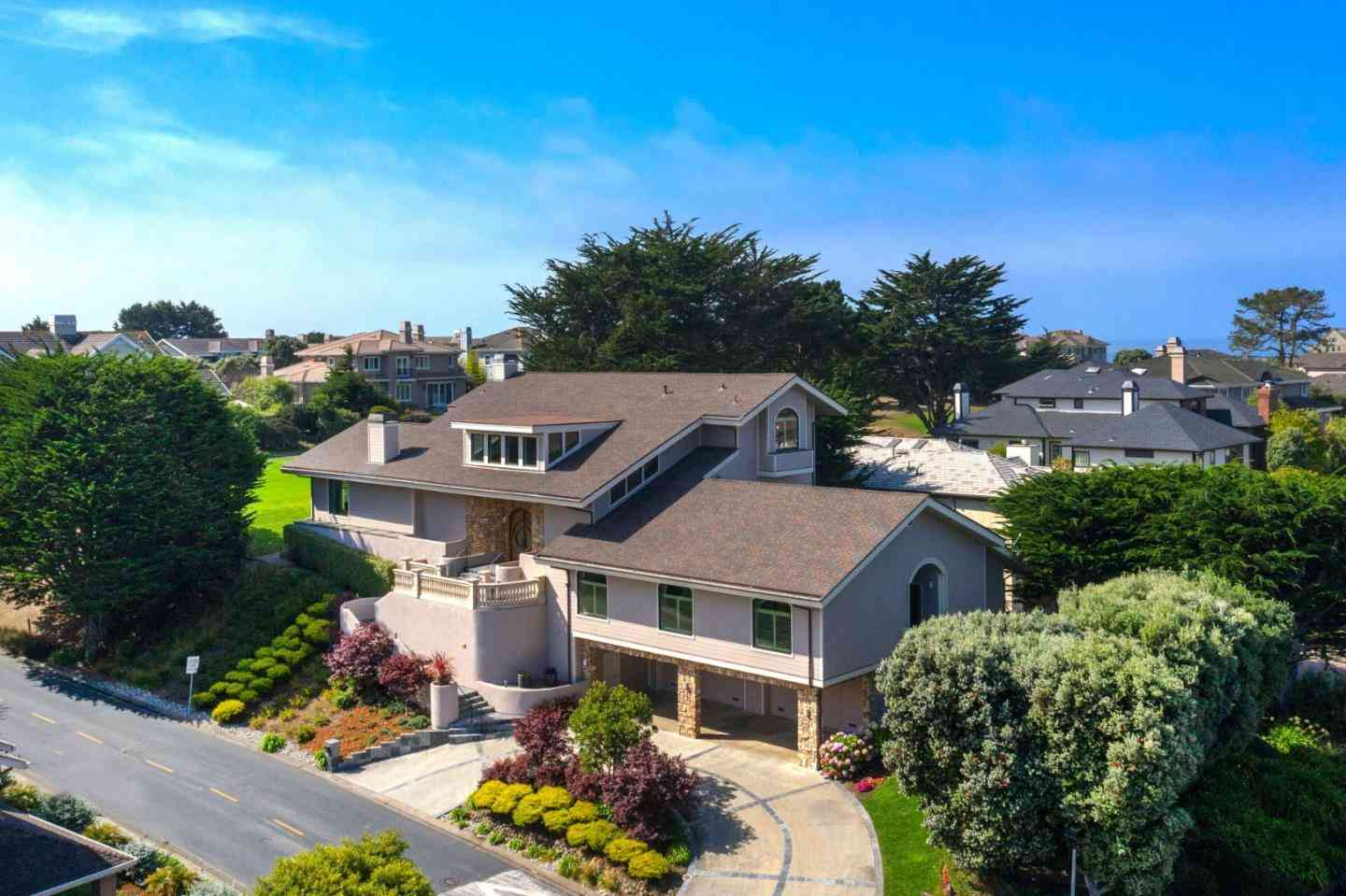 2 Ashdown Place, Half Moon Bay, CA, 94019,