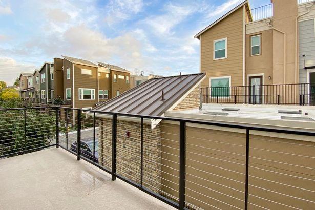 377 Charles Morris Terrace
