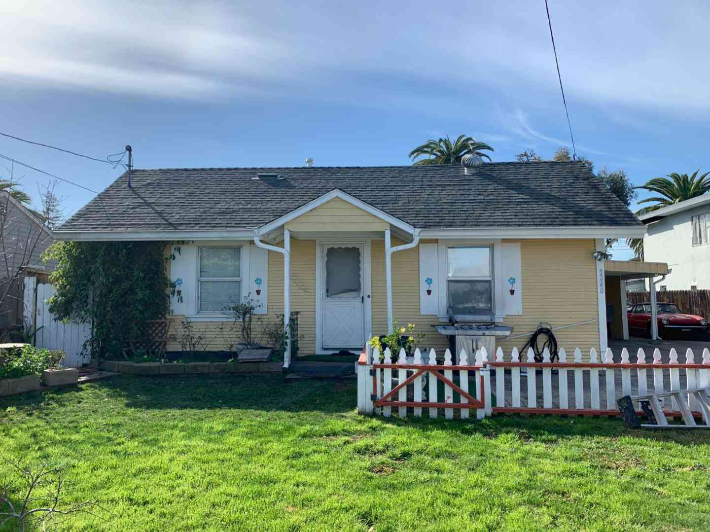 3240 Fair Oaks Avenue, Redwood City, CA, 94063,