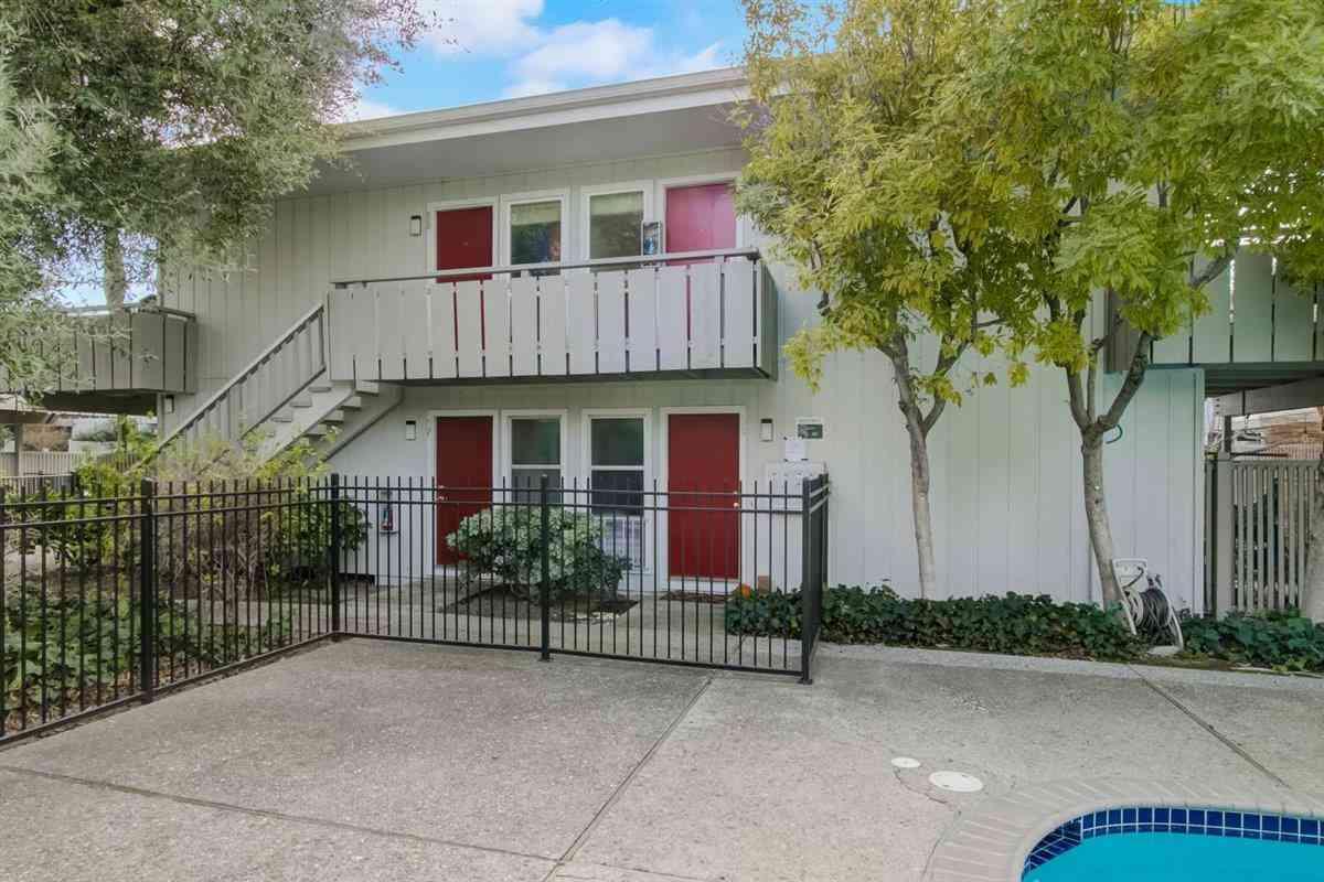 255 South Rengstorff Avenue #60, Mountain View, CA, 94040,