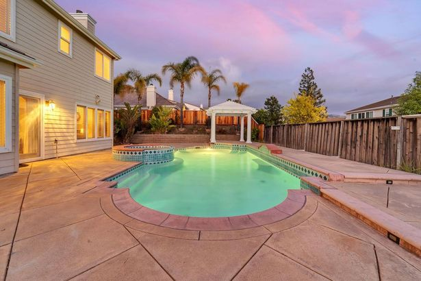 5313 Beaumont Canyon Drive