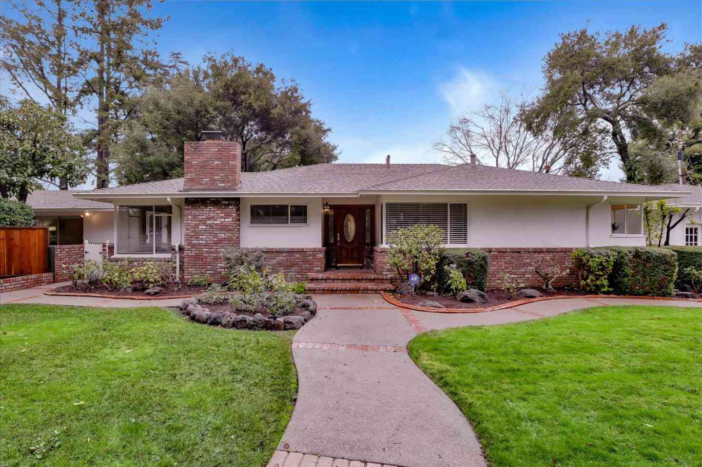 1385 Fremont Avenue, Los Altos, CA, 94024,