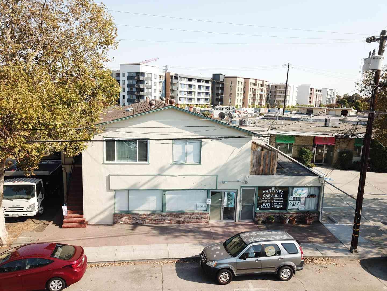 166 South Boulevard, San Mateo, CA, 94402,