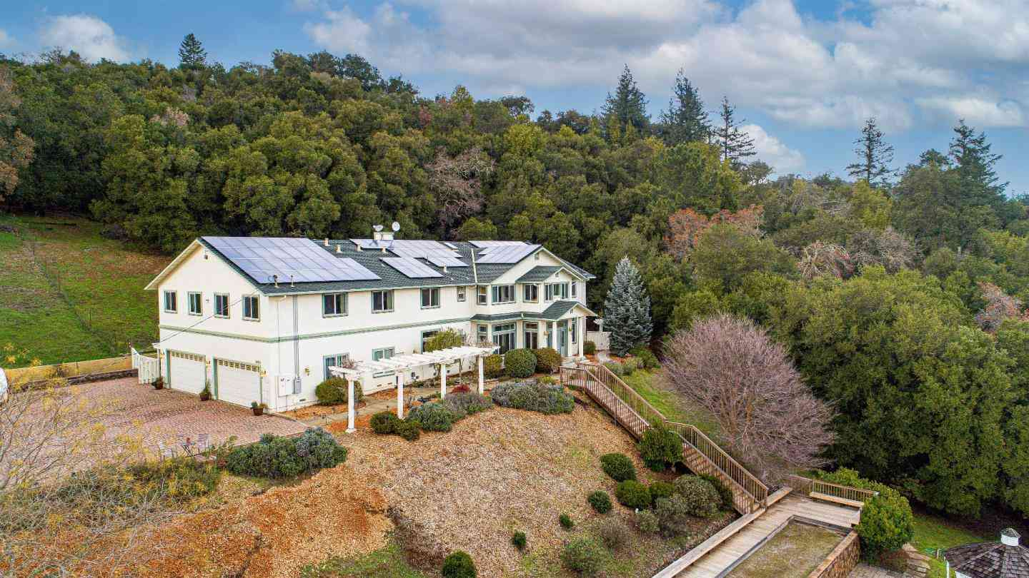 18400 Lakeview Court, Los Gatos, CA, 95033,