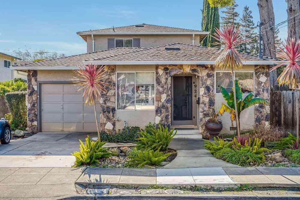 924 Cleveland Street, Redwood City, CA, 94061,