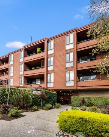 1210 Bellevue Avenue #304 Burlingame, CA, 94010