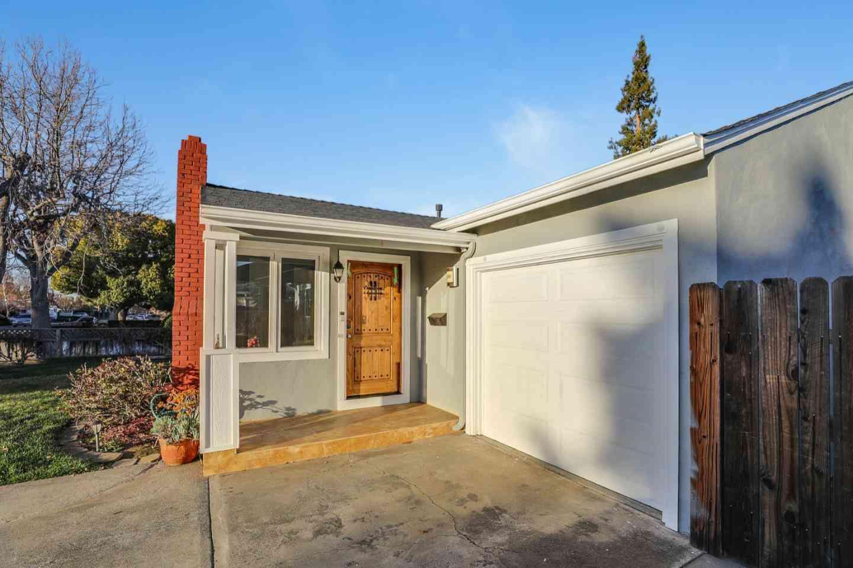 880 Arnold Way, San Jose, CA, 95128,