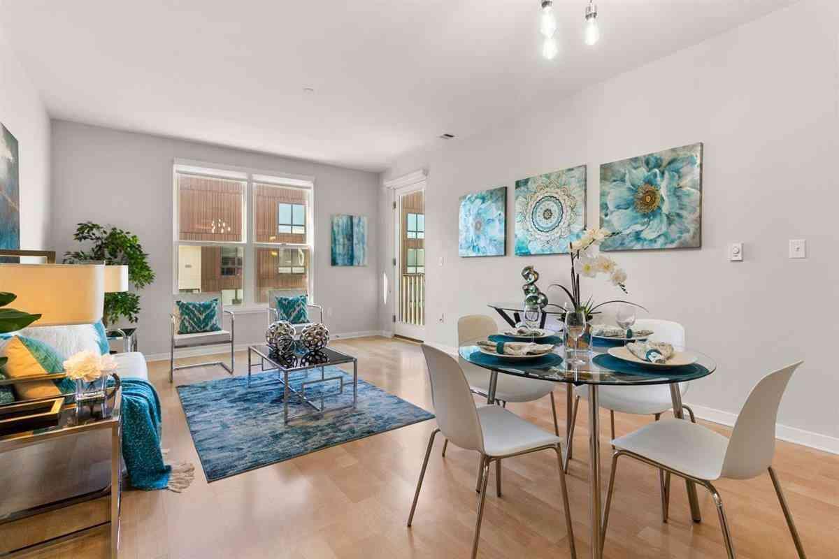 Sunny Living Room, 5800 3rd Street #1420, San Francisco, CA, 94124,