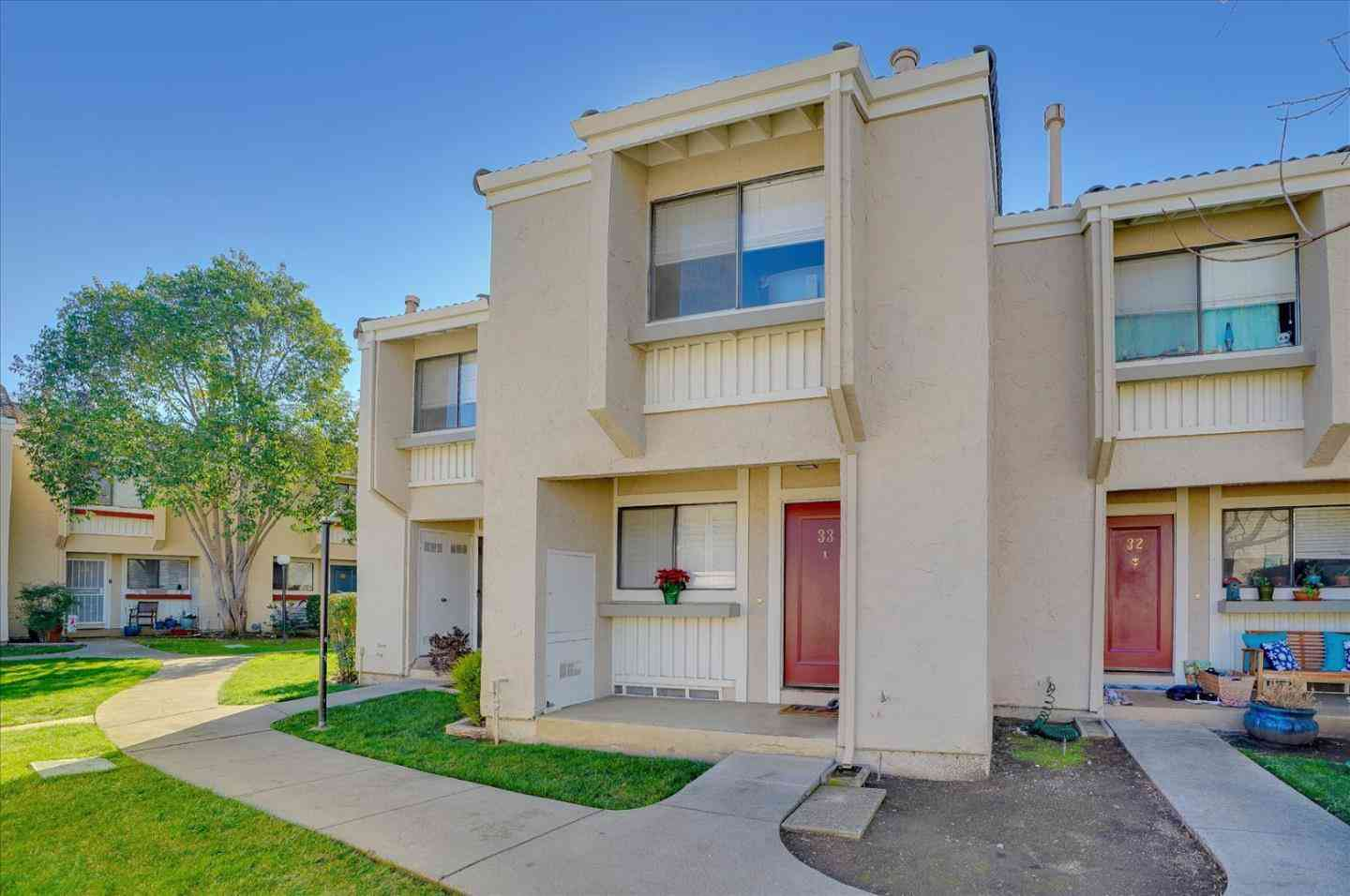 260 West Dunne Avenue #33, Morgan Hill, CA, 95037,