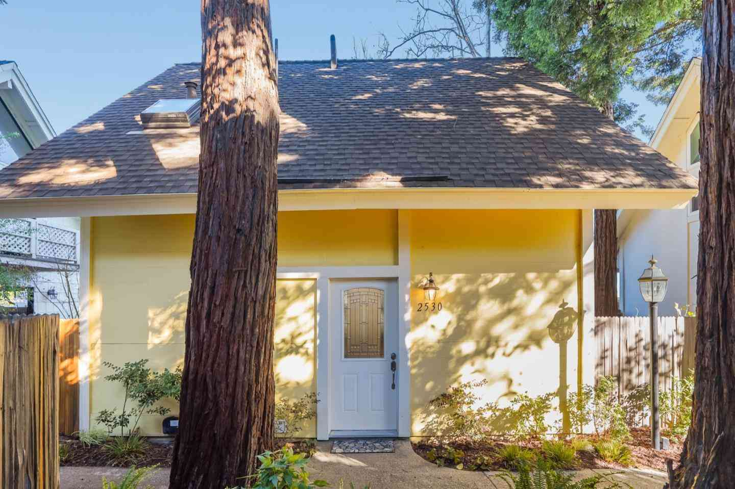 2530 West Middlefield Road, Mountain View, CA, 94043,