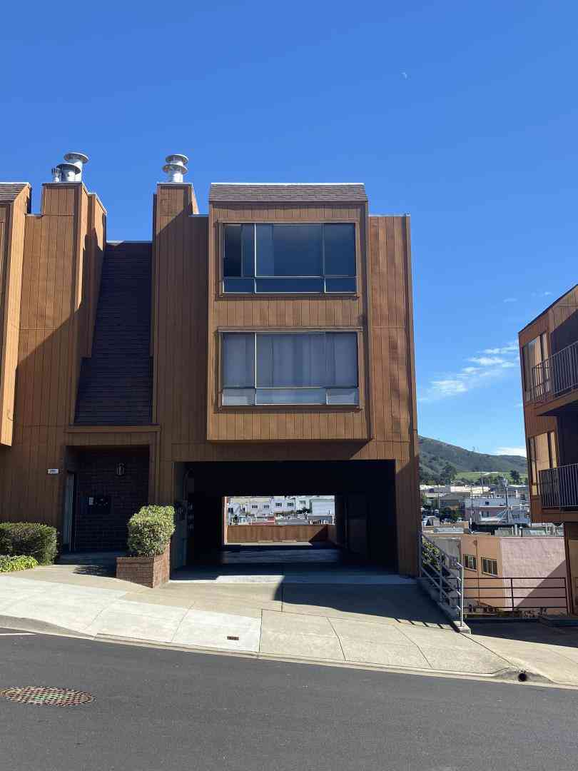 291 County Street #D, Daly City, CA, 94014,