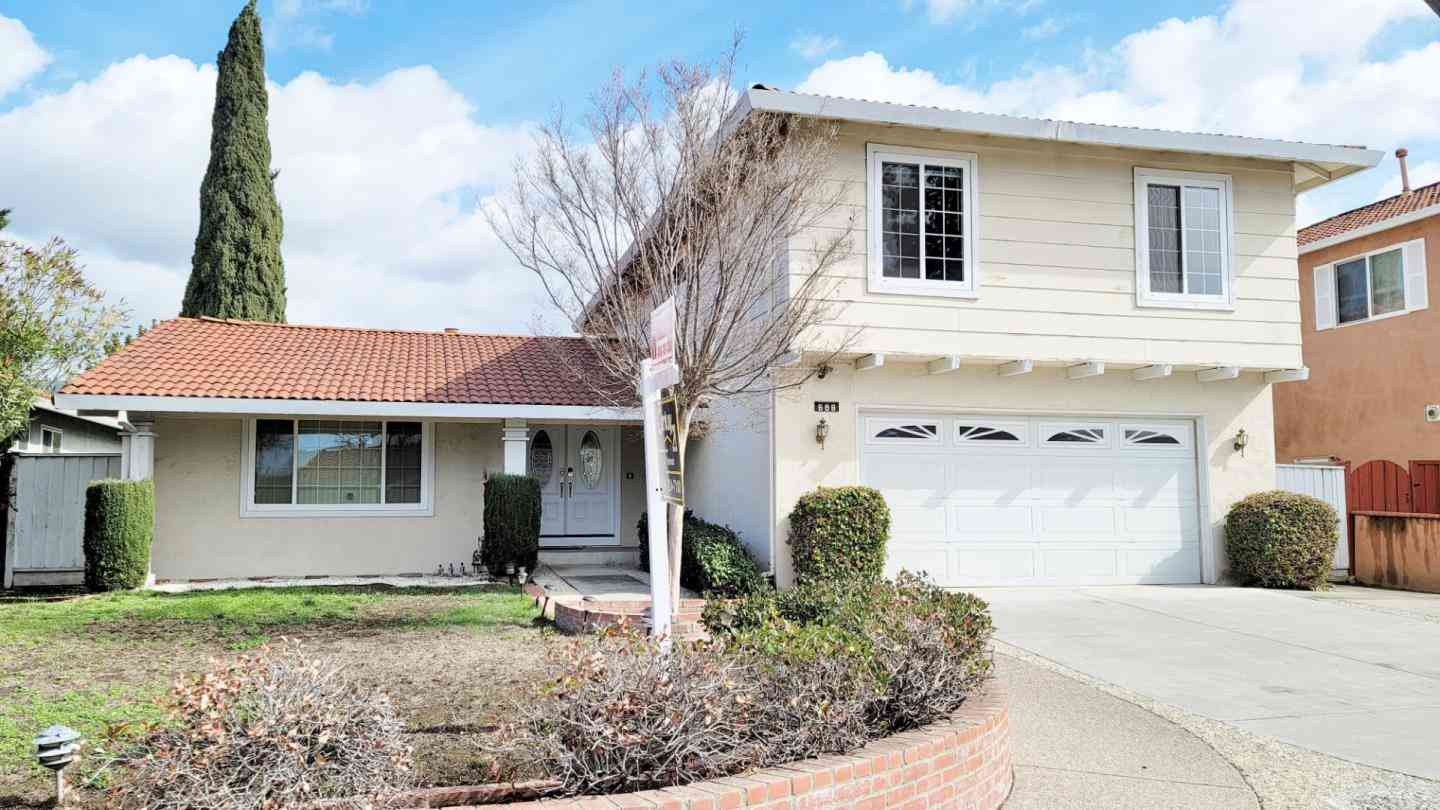 688 Rough And Ready Road, San Jose, CA, 95133,