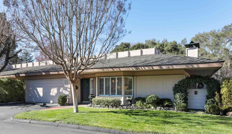 40 Bay Tree Lane, Los Altos, CA, 94022,
