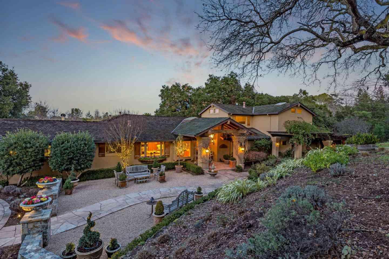 27600 Edgerton Road, Los Altos Hills, CA, 94022,