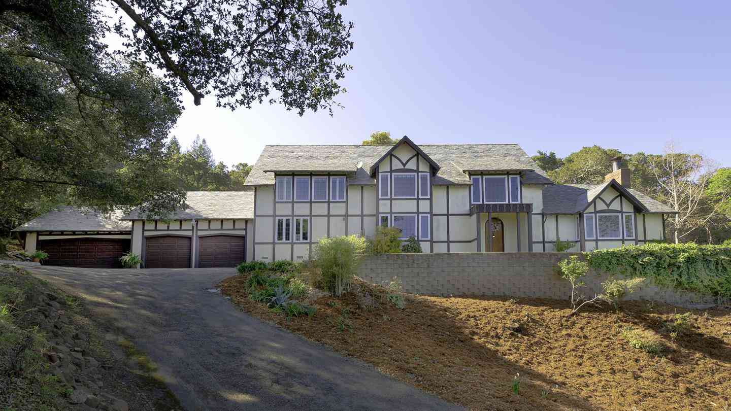 260 Robin Road, Hillsborough, CA, 94010,