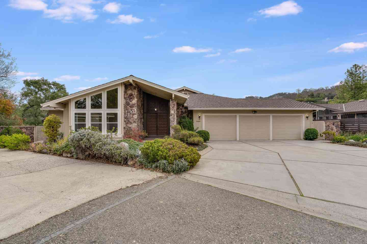 7127 Wooded Lake Drive, San Jose, CA, 95120,
