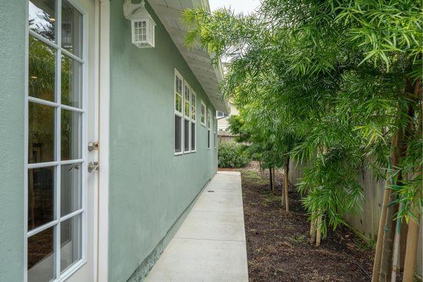 1201 Audubon Avenue