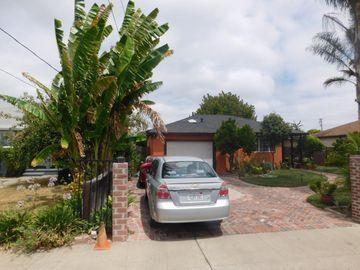 220 Daphne Way, East Palo Alto, CA, 94303,