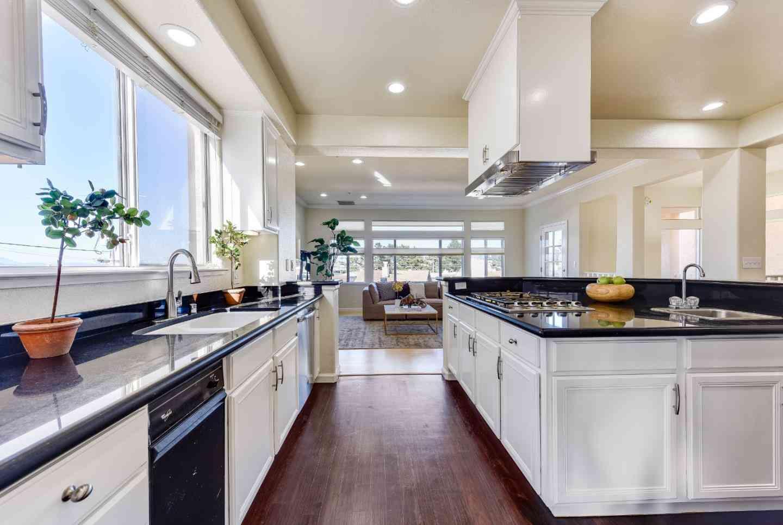 181 Eastmoor Avenue, Daly City, CA, 94015,