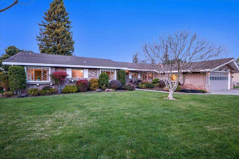 17 Alma Court, Los Altos, CA, 94022,