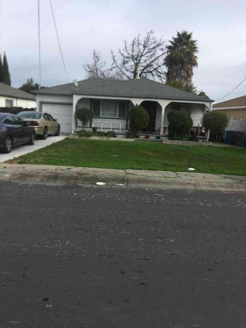 324 Wisteria Drive, East Palo Alto, CA, 94303,