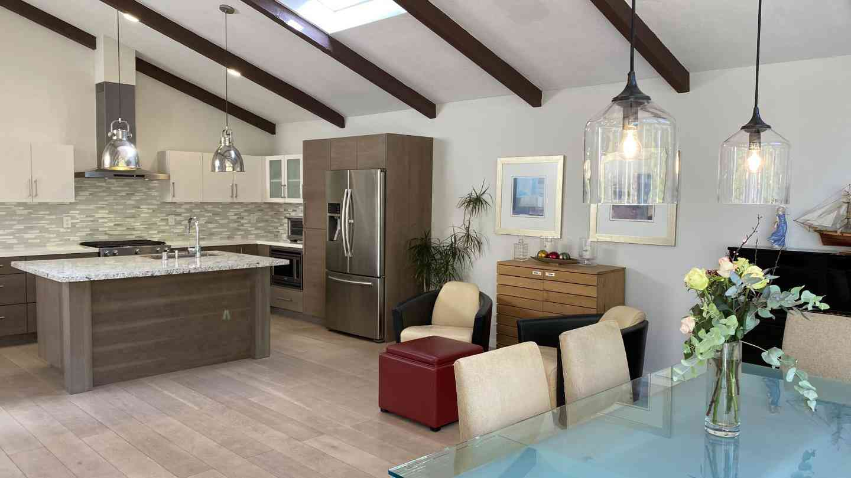 Sunny Living Room, 22988 Cricket Hill Road, Cupertino, CA, 95014,
