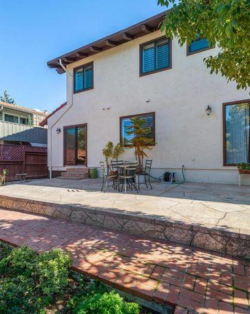 430 Lassen Street #4 Los Altos, CA, 94022