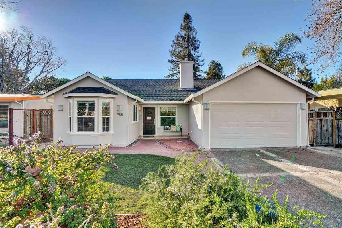 988 Farley, Mountain View, CA, 94043,